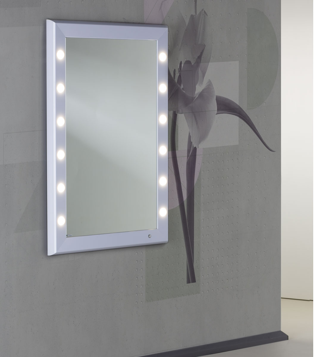 entdecken sie frozenwhite die schminkstation mit lichtern in wei. Black Bedroom Furniture Sets. Home Design Ideas